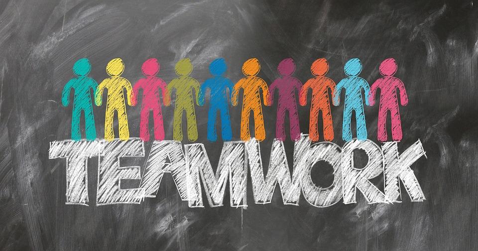 teamwork-2499638_960_720
